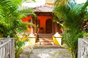 The Orange Fountain — Villa for rent in Morjim