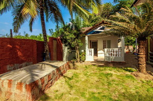 Canape — Villa for rent in Morjim